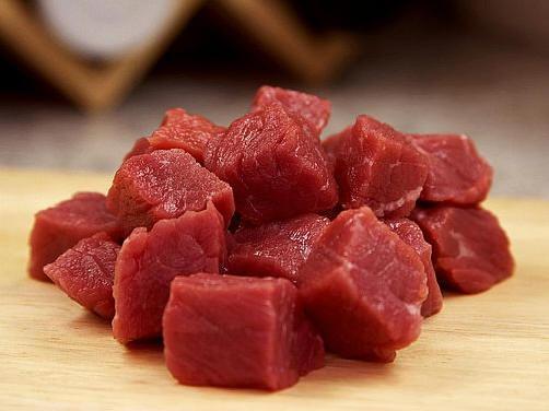 употребление жирного красного мяса